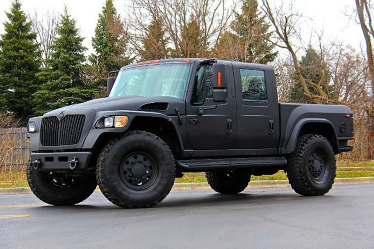 2008 International MXT 4x4 Crew Cab Pickup